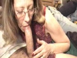 Mature amateur blowjob and cumshot video