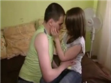 His new virgin girlfriend 18yo is relly sex bomb