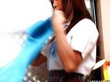 Japanese babe gives a perfect handjob