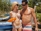 Dripping wet blonde Jessie Rogers gets hard dick at the car wash