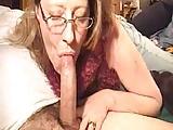Hot mature gives a blowjob