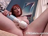 Zoey Nixon fucks her shaved wet pussy.