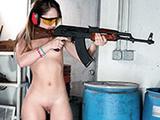 Guns make her horny