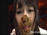 Greedy Girl With Mouthful Of Shit - Scat Videos