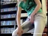 Teen Peeing Herself - Jeans Videos