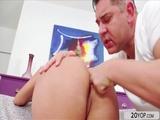 Curvy blonde Priscila Pimienta gets asshole fucked hard