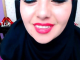 Arab Girl Getting Naked And Showing Pussy Live